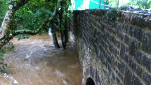 Flooded Yealmpton bridge