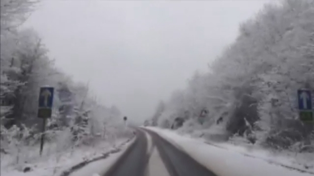 Snow_Surrey_more