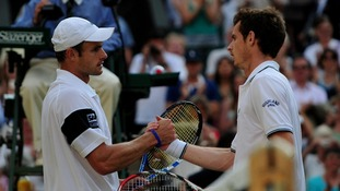 Murray loses to Andy Roddick in his first Wimbledon semi-final.