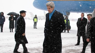 John Kerry arrives at Kie