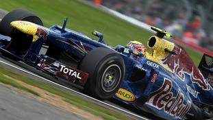 Webber celebrates victory in British F1 Grand Prix