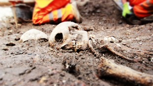 Thousands of skeletons set to be unearthed in London Crossrail excavation