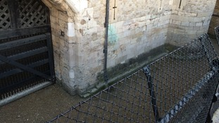 Gang steals cash from Tower Of London moat collected for the Royal British Legion