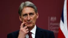 Hammond: UK 'has not ruled out' arming Ukraine