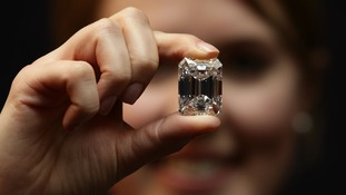 The diamond is considered to be internally flawless.