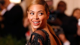 Fan backlash after 'unretouched' Beyonce photos posted online