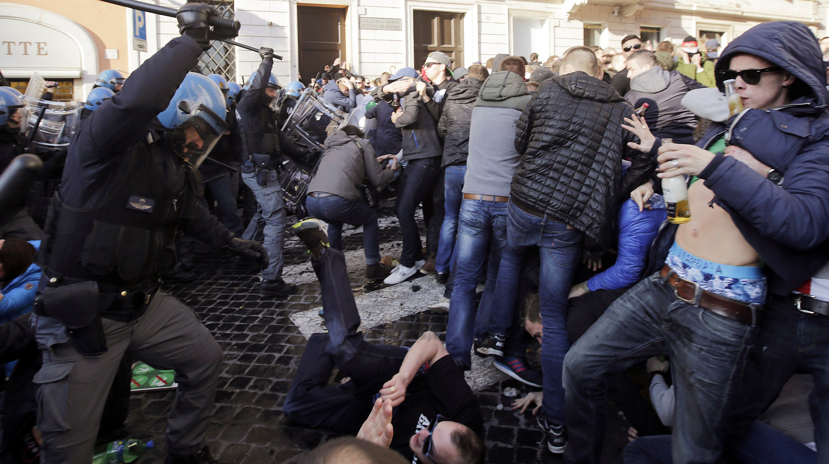 Feyenoord Fans Clash With Police In Rome Itv News