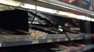 Video emerges of magpie stealing food in supermarket