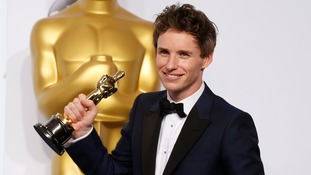 "ddie Redmayne poses with his Oscar for best actor nominee for his role in ""The Theory of Everything"""