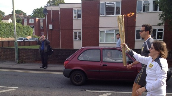 Torch relay in Salisbury