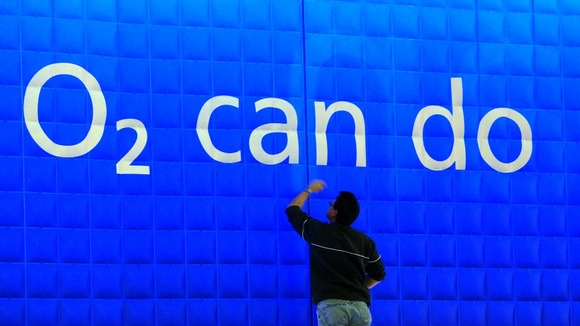 O2 says it has restored its 2G network after the network crashed yesterday.