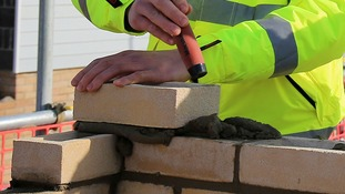 Construction firms urged to do more to attract women workers