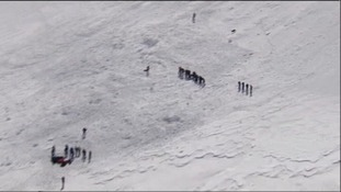 Search teams on Mont Blanc