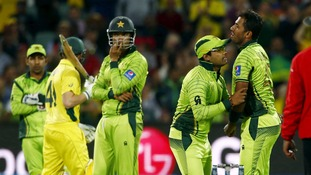 Australia set up Cricket World Cup semi-final date against India with six wicket win over Pakistan