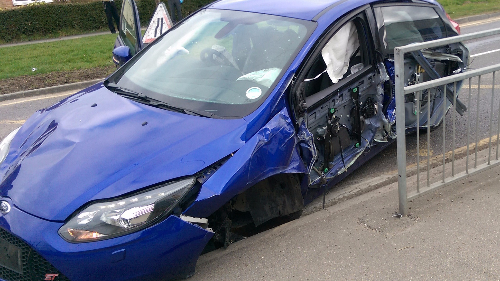 West Bend Ford >> Stolen Ford Focus ST involved in high-speed crash   Anglia ...