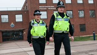 Police force to use more body cameras