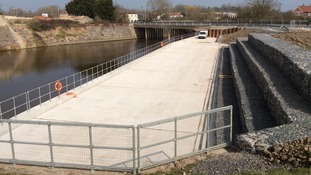 A £1.5 million project to improve flood defences on the Somerset Levels has been completed.