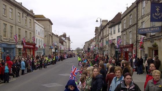Crowd in Warminster awaiting military parade