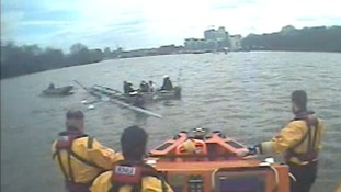 Rowers training for the University Boat Race rescued after sinking on the Thames