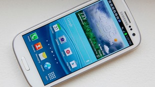 Samsung wants to take on Apple in the smartphone market