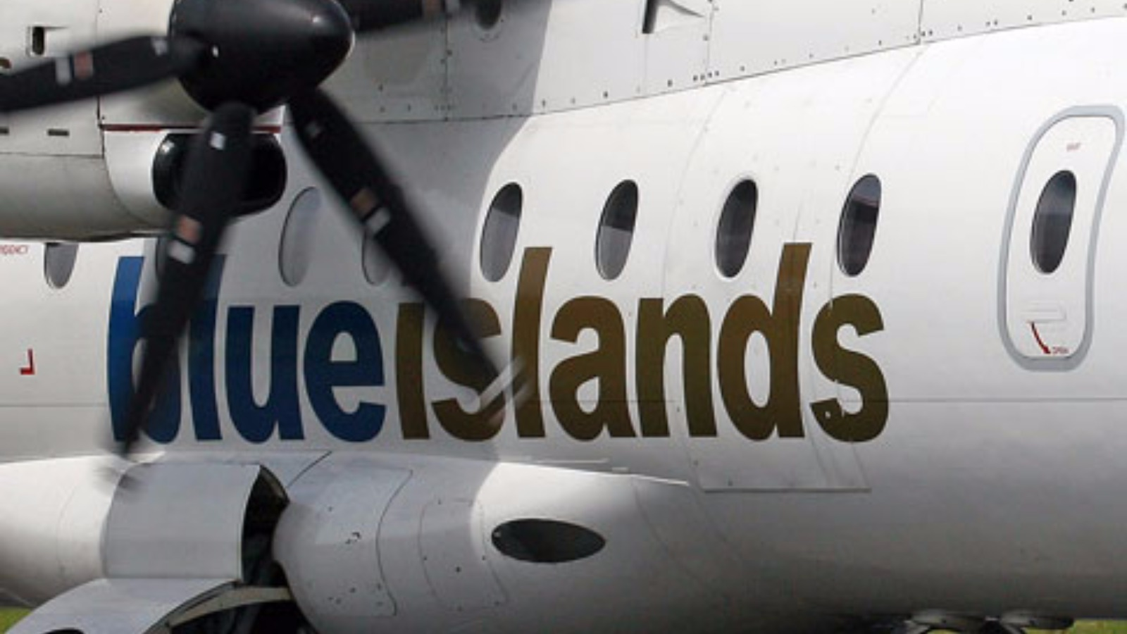 ... flight returns to Southampton as precaution   Channel - ITV News