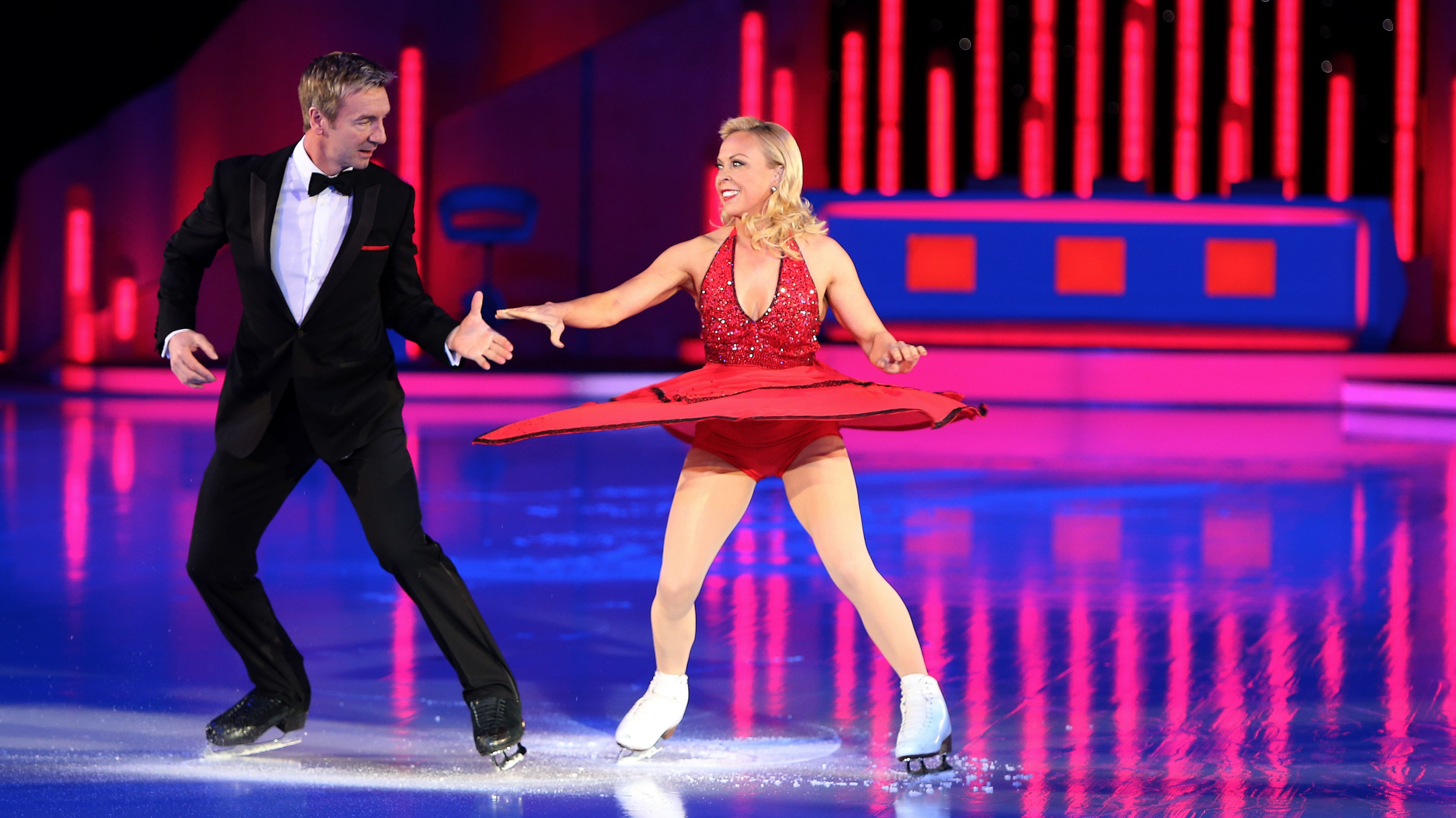 torvill and dean teaching people in nottingham central