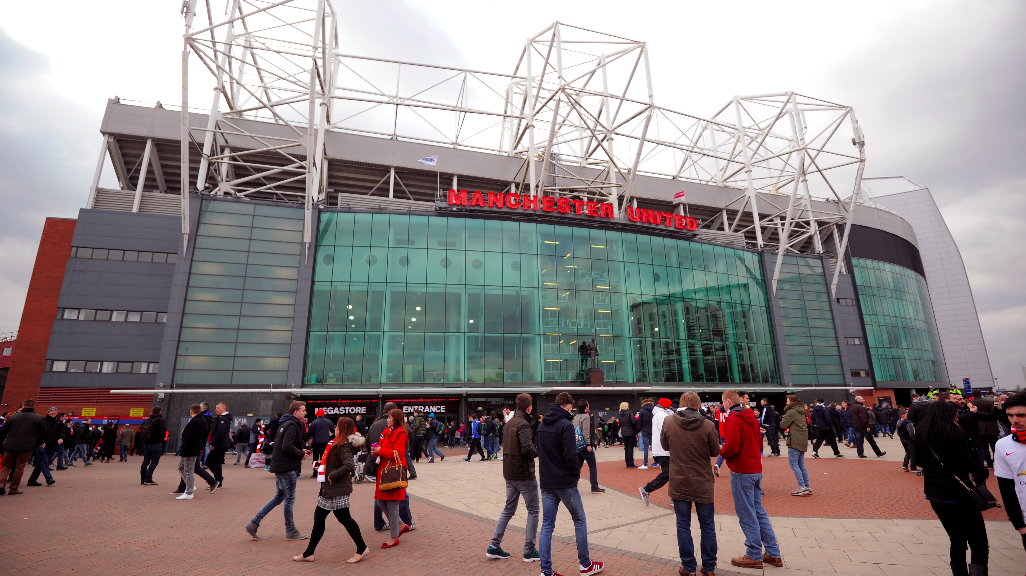 police investigate city fan 39 s chant about munich air disaster granada itv news. Black Bedroom Furniture Sets. Home Design Ideas