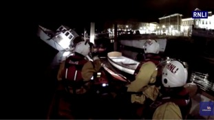 Floating restaurant boat sinks on Thames