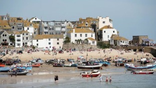 Holidaymakers are flocking to St Ives