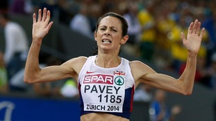 Jo Pavey romps home to the European 10,000m crown in Zurich