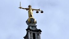 Justice statue on Old Bailey roof