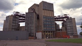 Berkely Nuclear Power Station before decommissioning