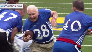 89-year-old World War II veteran scores touchdown 70 years after his last game
