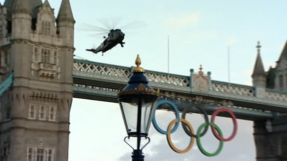 Helicopter at Tower Bridge