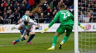 Jefferson Montero scores vs Stoke City