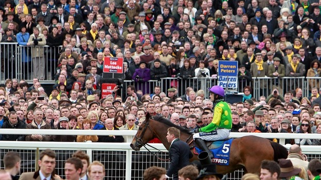 Ruby Walsh retires Kauto Star from the Cheltenham Gold Cup