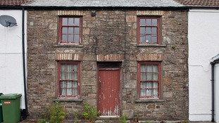 1854 cottage in Cwmdare