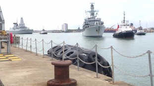 HMS Kent and Dauntless