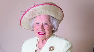 Meet the 79-year-old Her Majesty The Queen lookalike