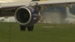 Pilots and aviation experts speak out over safety of plane cabin air