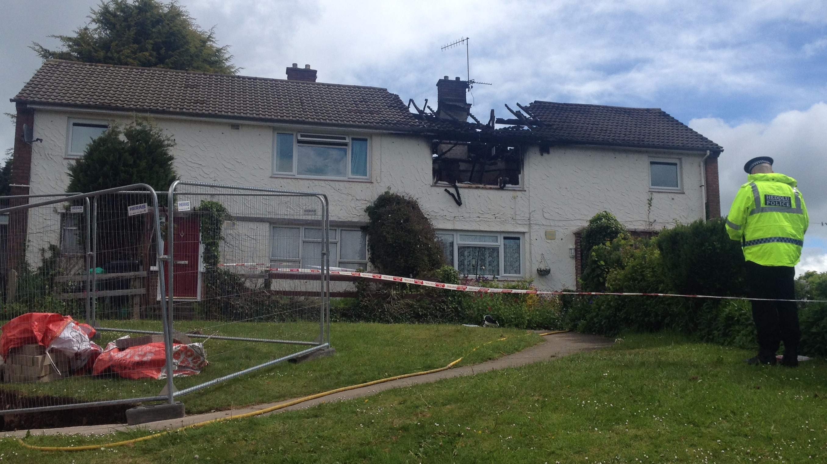 woman killed in flat fire in cwmbran wales itv news. Black Bedroom Furniture Sets. Home Design Ideas