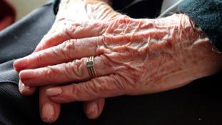 Could brain hormone reduce symptoms of dementia?