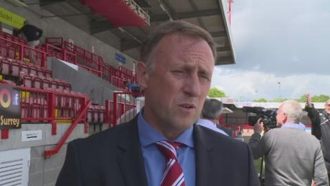 P-Crawley_manager_sot