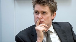 Tristram Hunt out of Labour leadership race
