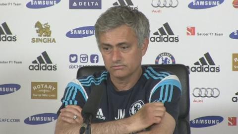 Jose_Mourinho_on_Hazard