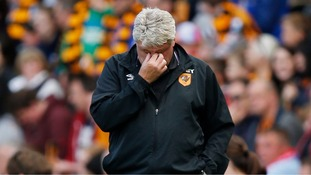 Report: Hull down after goalless draw with Man United