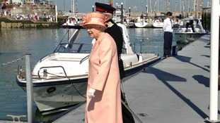 Her majesty the Queen arrives on the Isle of Wight