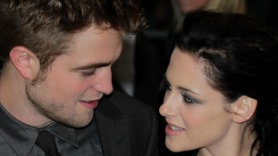 Kristen Stewart apologises for cheating on Twilight co-star Robert Pattinson
