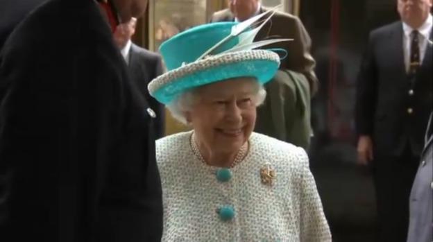 queen_arrival