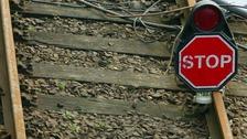 Rail strike talks resume as travel chaos looms